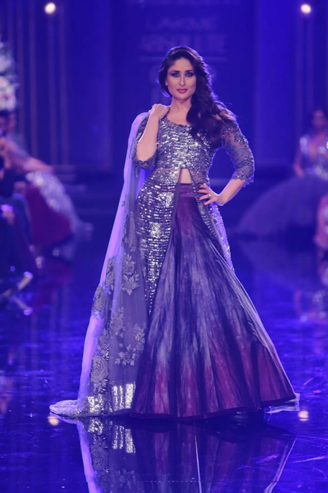 kareena-kapoor-khan-lakme-fashion-week