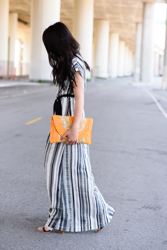 vertical-striped-dress-trend-straw-clutch-summer-trends-2015-4