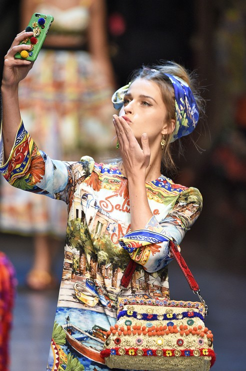 dolce-and-gabbana-runway-milan-fashion-week-ss16-1-492x740